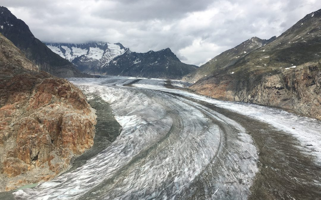 Glaciers (VS) : Détermination de la profondeur de glace